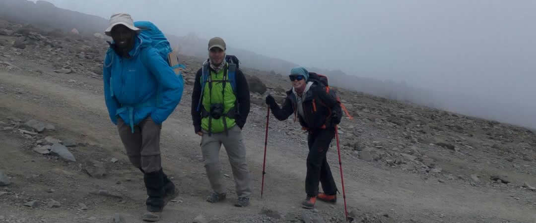 trekking mount meru